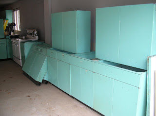 Retro Renovation SOLD 1963 Geneva Steel Kitchen Cabinets In Aquamarine