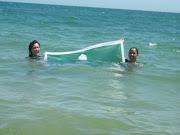 16) Brenda,de caacupe (caballito), con su papá en las playas de Buzios.