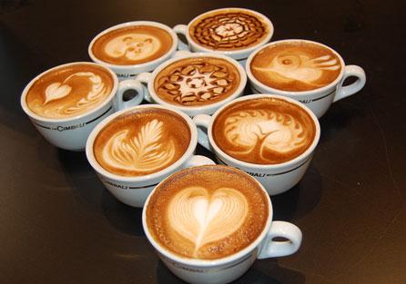 MARTES 2 DE MAYO.................. Latte-art