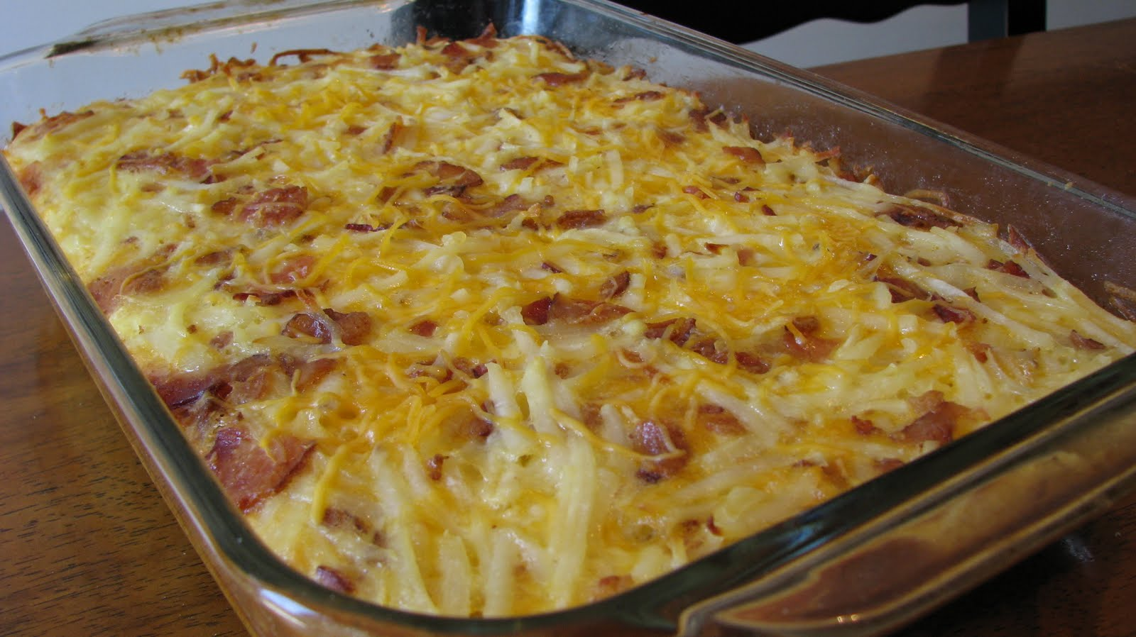 Cheesy Hash Brown and Egg Breakfast Casserole