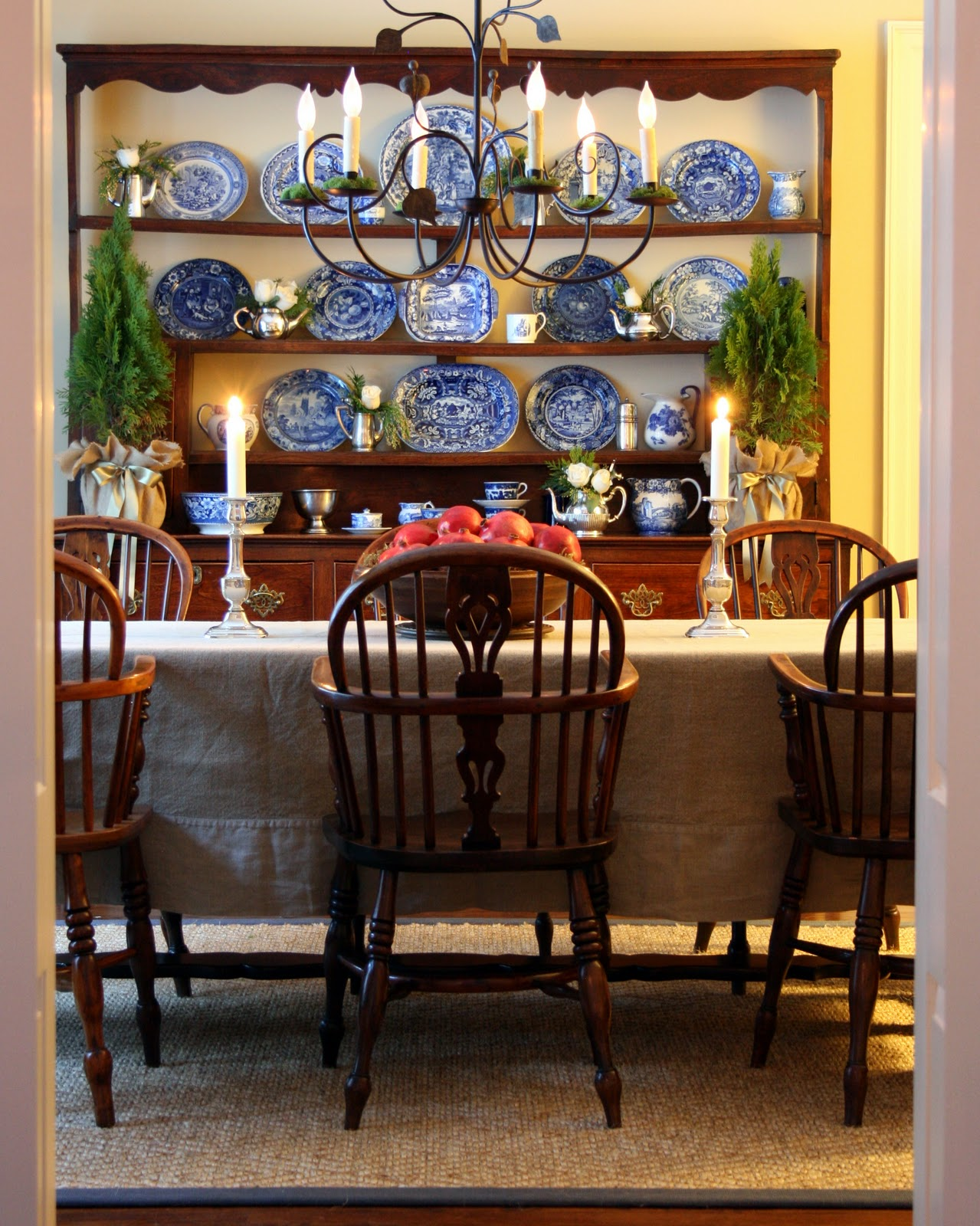 Antiqueaholics christmas in the dining room for Traditional dining room pinterest