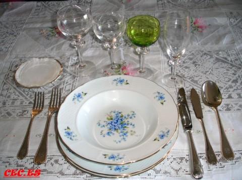 Cocinando en casa protocolo sencillo en la mesa - Como se sirve en la mesa ...