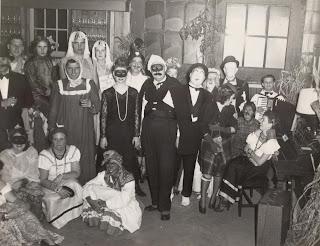 Halloween at the Smoke Rise Inn