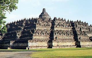 Borobudur 7 Keajaiban Indah Di Indonesia.serbatujuh.blogspot.com