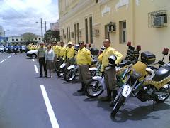 pelotão de motociclistas (foto amadora de Ernesto)