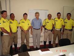 Cel-PM Rocha (No centro da foto)