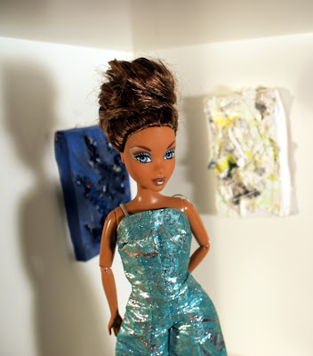 My Scene Madison doll with mini paintings