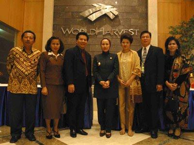 Arsip Menteri Seo Dan Prof. Dr. Hj Ratu Atut Chosiyah Mensos RI 2014