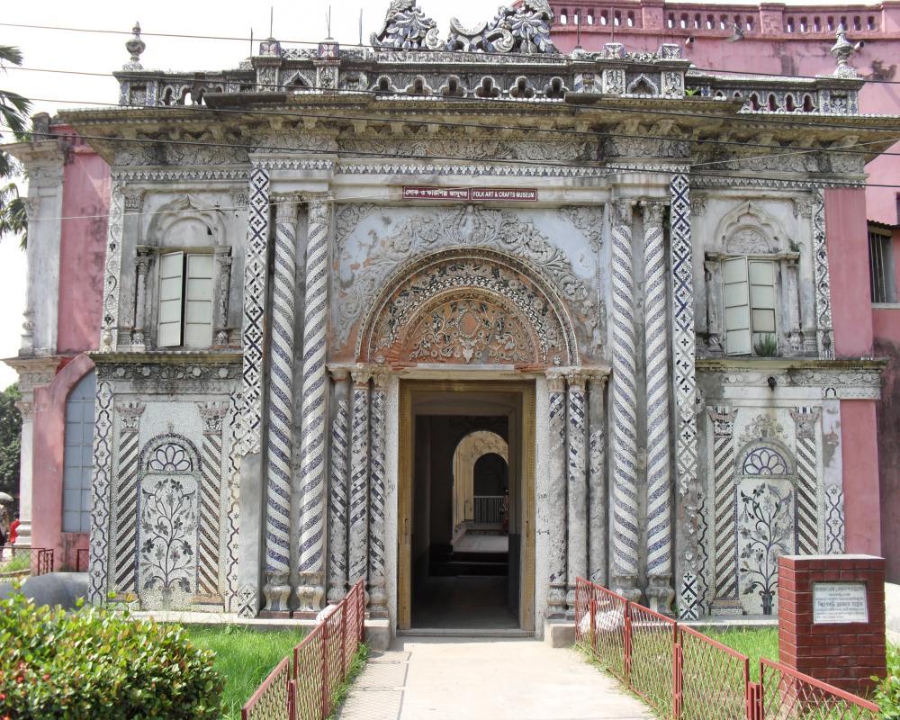 Sonargaon folk art and craft museum for Craft and folk art museum