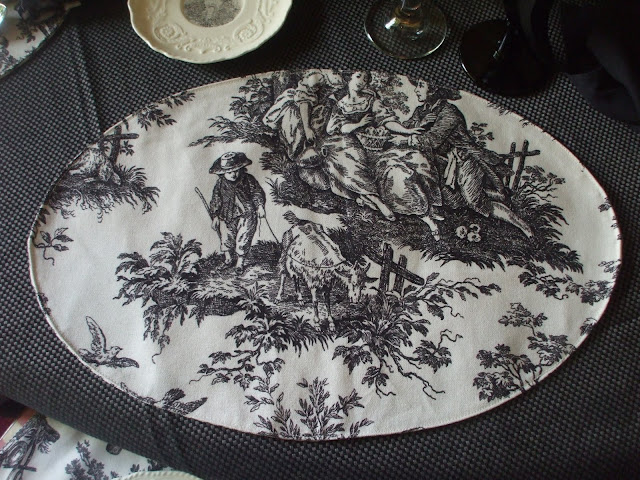 The embossed border black transferware depicts a French country manor home. & Nancy\u0027s Daily Dish: Toile de Jouy and Transferware ~ A Black ...