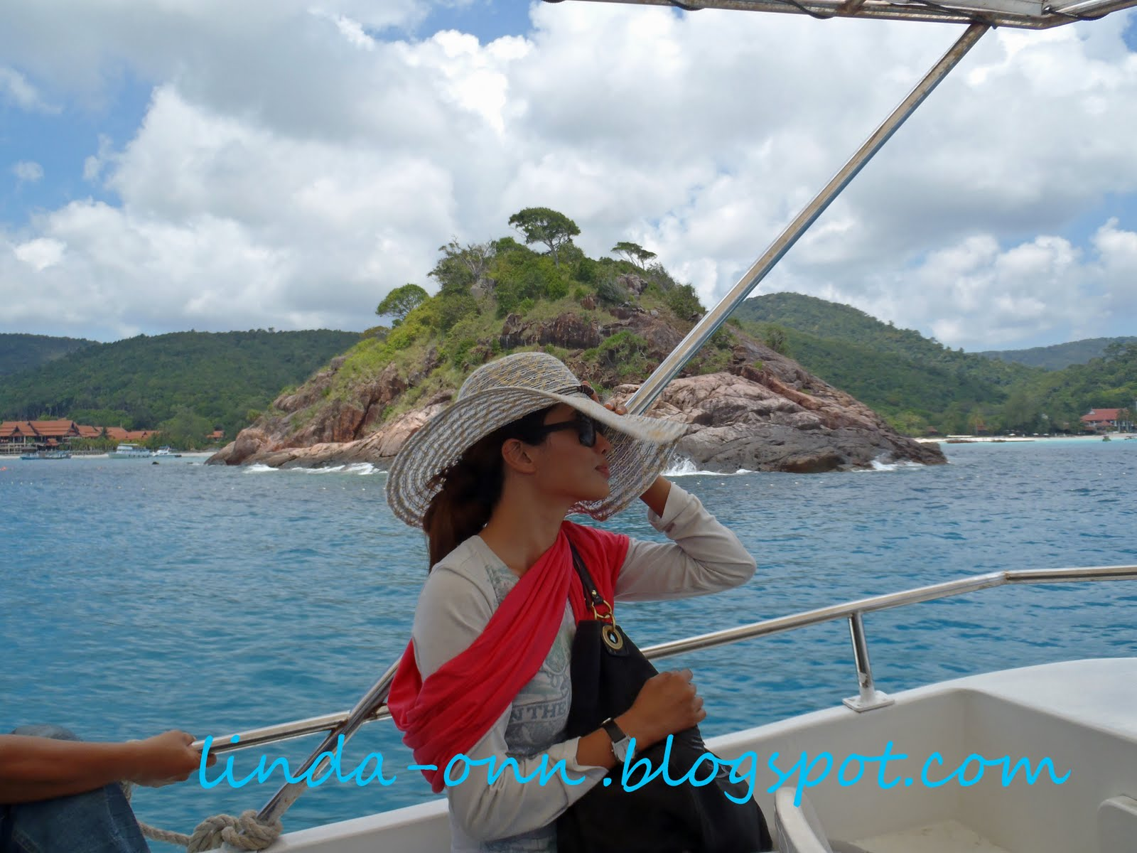 essay on trip to pulau redang Answered: hi everyone, is it possible to take water taxis on perhentians island and redang island and what is the cost especially for redang, we are staying at the taaras resort and it looks a bit isolated the hotel offer snorkeling trip but quite.