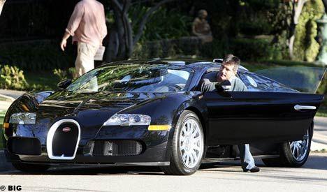 simon cowell bugatti. Simon Cowell with his Bugatti