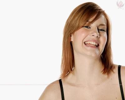 elisha_cuthbert_hollywood_hot_actress_wallpaper_25_sweetangelonly.com