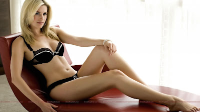 hot_hollywood_actress_lingerie_wallpaper_77_sweetangelonly.com