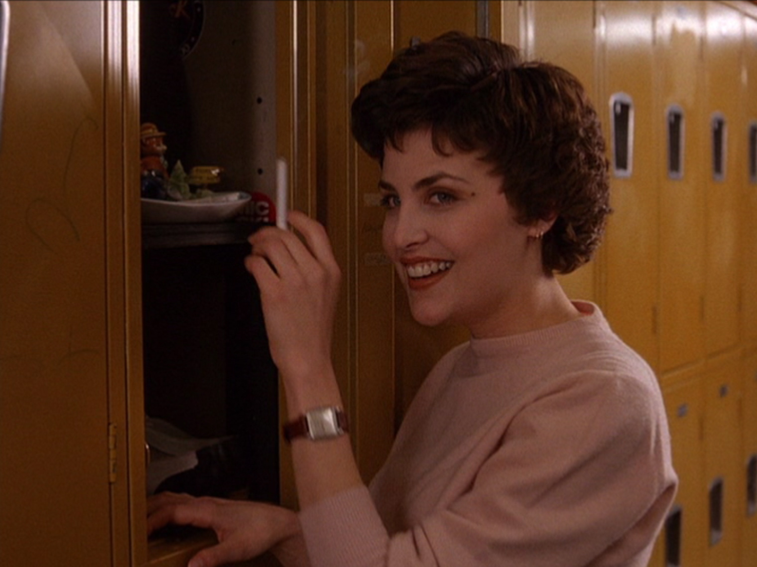 """twin peaks mature dating site 'twin peaks' season 3, episode 10 amy shiels in """"twin peaks: as has been the case throughout the run of the show — dating from agent dale."""
