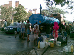 Urban poor vie for water