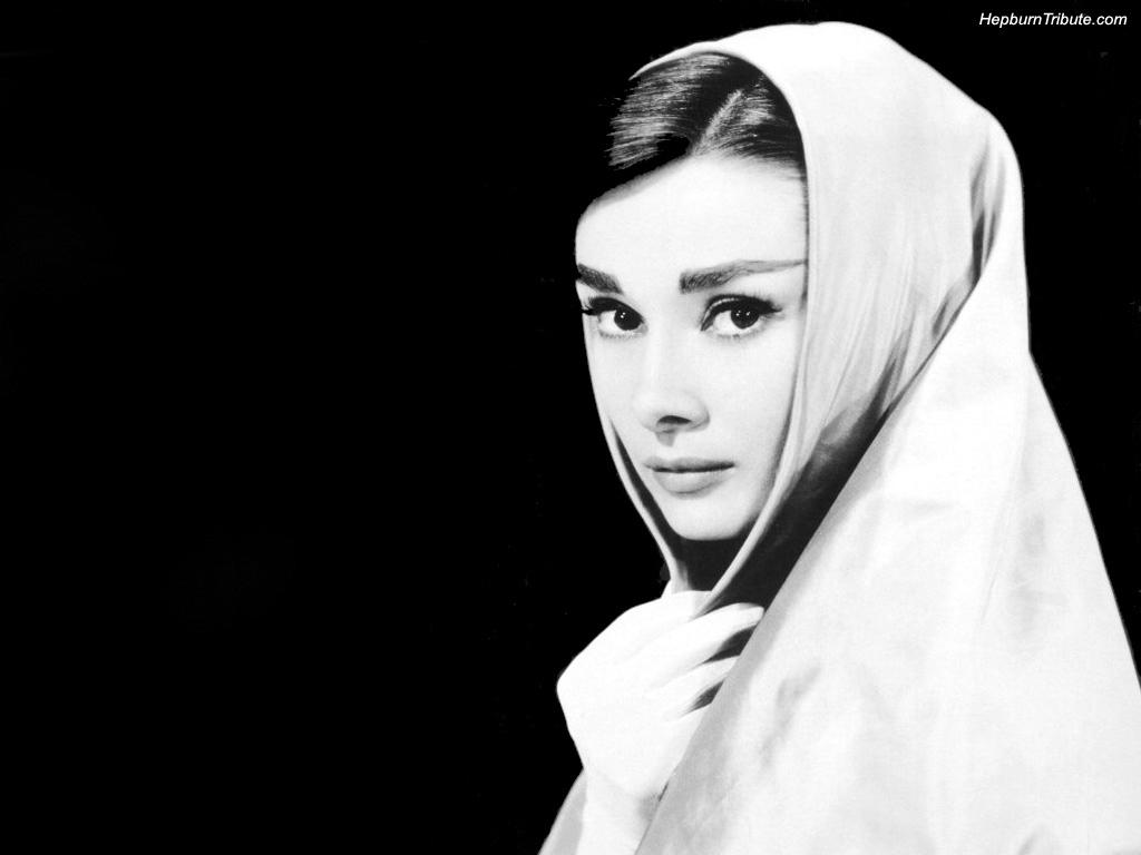 Audrey Hepburn lingeri bra cosabella white nightgowns sleep bras maternity