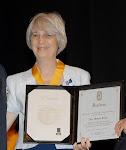 Homenageada com a Comenda do Mérito Farmacêutico, pelo CFF, em Janeiro de 2010