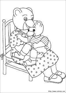 petit-ours-brun-coloriage-fete-maman-mere-enfant-calin