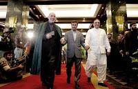 احمدي نجاد يتوسط كرزاري و زرداري