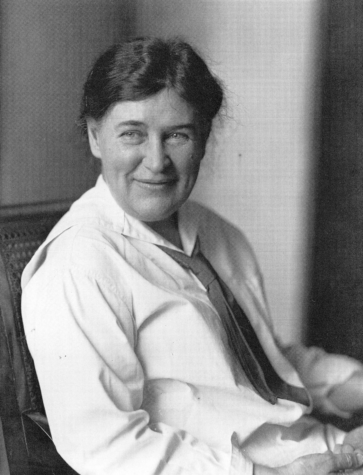 "a biography of will cather This month, two willa cather experts, andrew jewell and janis stout, are publishing the seven-hundred-page ""selected letters of willa cather"" for cather scholars, or even just fans, this is a ."