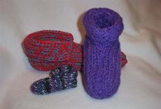 Pantuflas en el telar rectangular y salen con doble tejido por lo que se sienten muy confortables