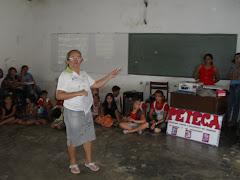 A Coordenadora da CCF da Palestina,Monitoras e Crianças do PETI e do PETECA promovem palestras.