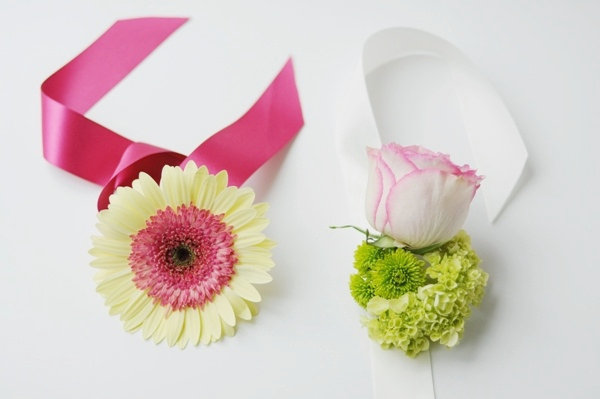 diy flower wrist corsage photo 2