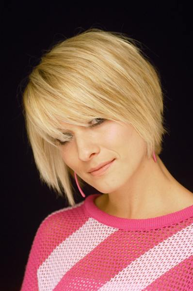 Short Bob Hair Styles Golden You may have a very beautiful face,