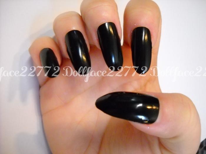 Black Pointed Nails Black Pointed N...