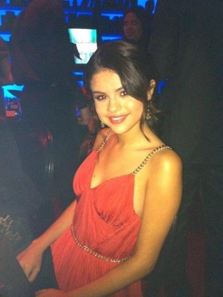 selena gomez gallery. Selena Gomez Latest pics