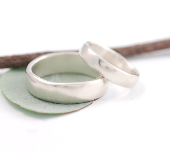 Beth Cyr 39s Weddings I 39m in love with the creamy calm texture of these rings
