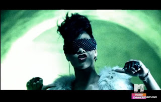 Rihanna Sunglasses in Run This Town Video – a-morir by kerin.rose Barracuda