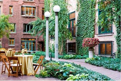 Honey Bee Weddings: New Chicago Venue-- The Ivy Room