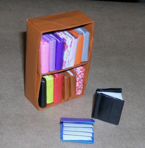 Как сделать из бумаги маленькою книжку 579