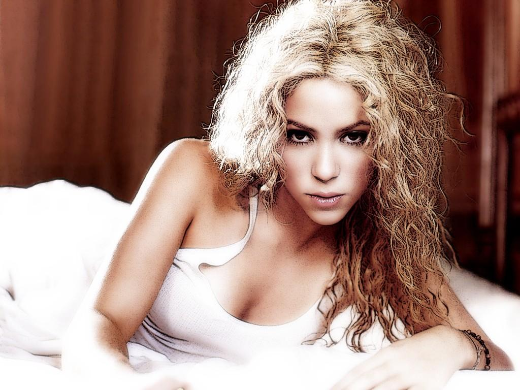 ShakirahotwallpapersVeryTasty13