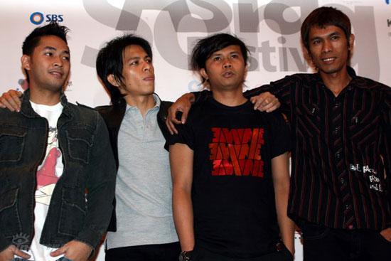 http://1.bp.blogspot.com/_jWryCNJREus/SRZmju92OaI/AAAAAAAAAHg/wpXSnbQuyb0/S660/peter-pan-indonesian-group-1.jpg