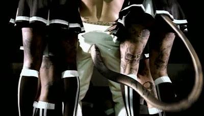 Robbie Williams - Control Mental - MK Ultra  Vlcsnap-4673268