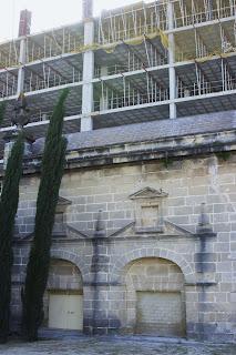 Edificaciones junto a la ermita