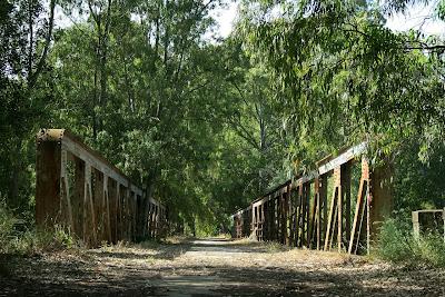 Puente de la Junta de los Ríos