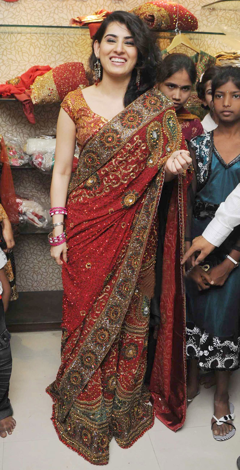 , Sexy Archana at Traditional Saree Showroom Launch