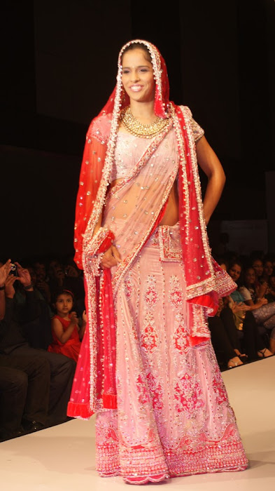 exclusve sania nehwal in bridal rwalk