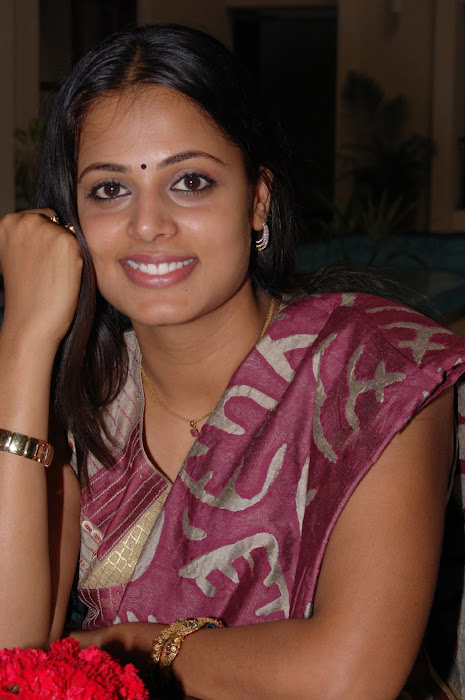 sindhu menon spotted after marriage rare