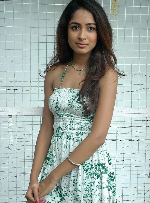 athithi thakita thakita acctress shoot actress pics