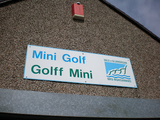Mini Golf / Golff Mini in Penarth, Wales