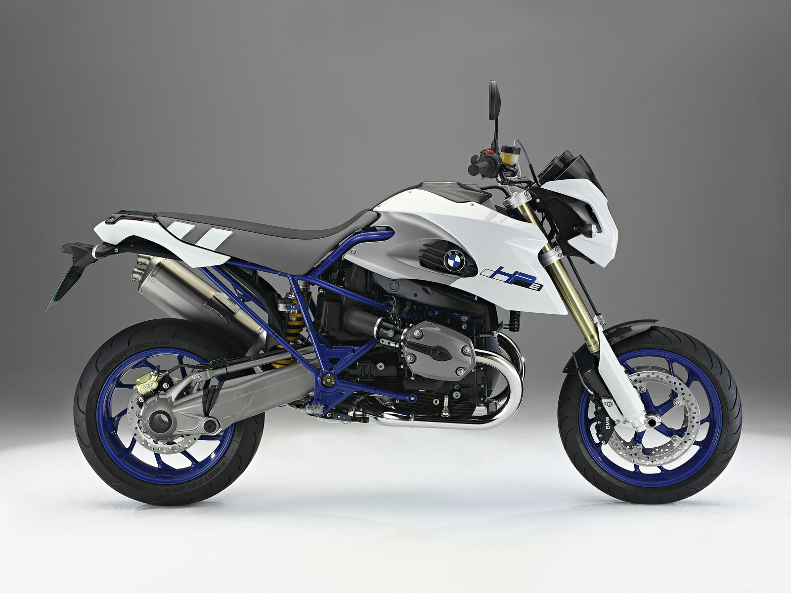 2011 BMW HP2 Megamoto motorcycle wallpapers, specifications.