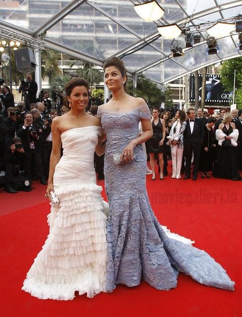 http://1.bp.blogspot.com/_jboBoVlqVLI/S-0j4B-V_lI/AAAAAAAAASM/-Tr6UPbLPTs/s1600/Aishwarya-Rai-63rd-Cannes-2010-red-carpet-stills-04.jpg