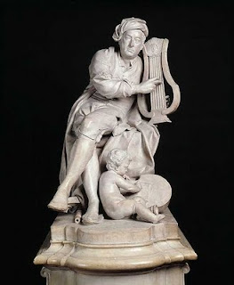 Carved marble statue of Handel.