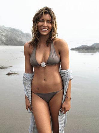 Jessica Biel In Hot Bikini