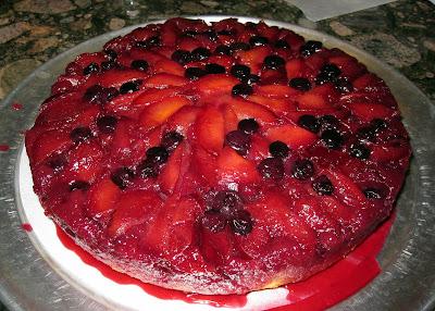 Happy Go Marni: Plum Blueberry Upside-Down Cake   Baking, Recipes ...